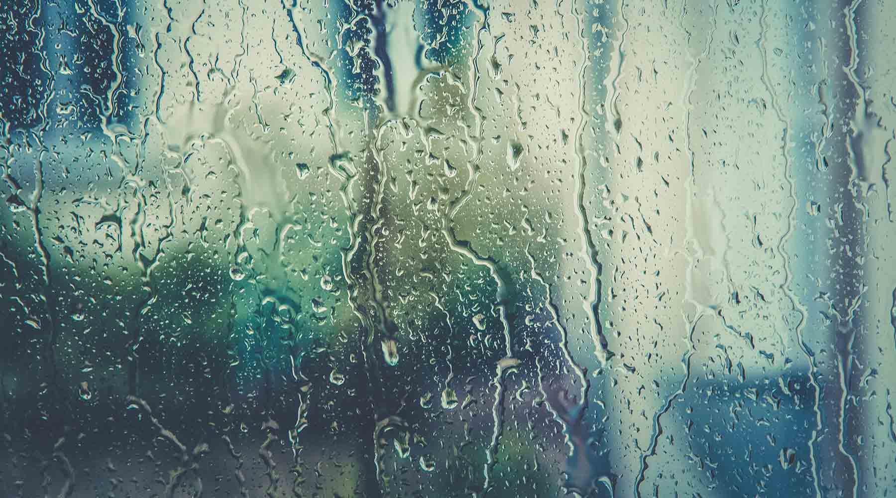 blog img fibromyalgia sad rainy day
